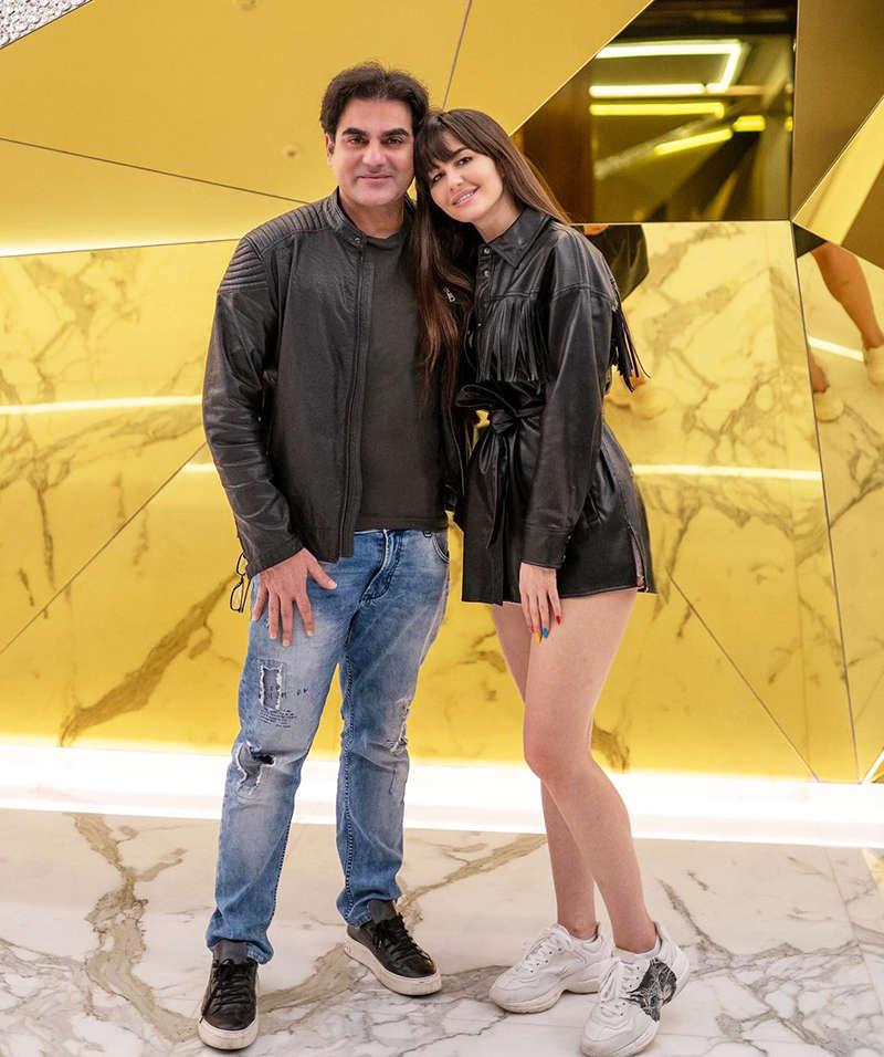 Lovely birthday celebration pictures of Arbaaz Khan with ladylove Giorgia Andriani