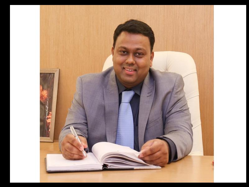 Dr-Ambrish-Vijayakar