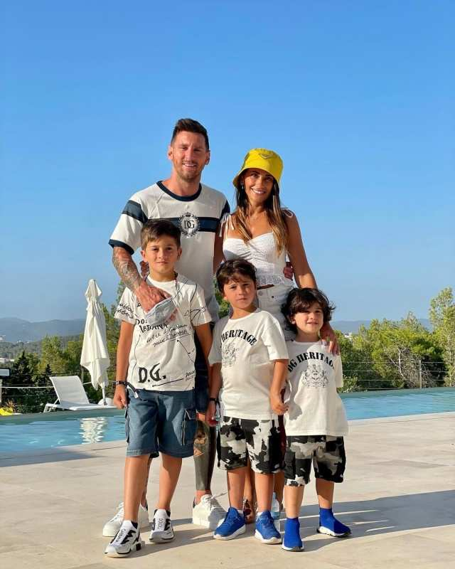 Lionel Messi holidays with wife Antonela Roccuzzo and kids, see photos
