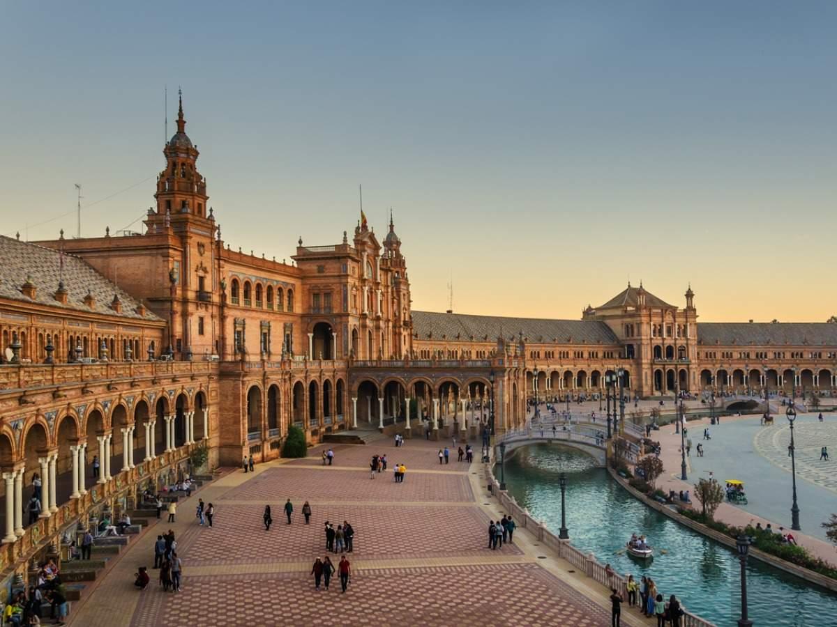 España reabre para los viajeros indios, ahora puede solicitar una visa
