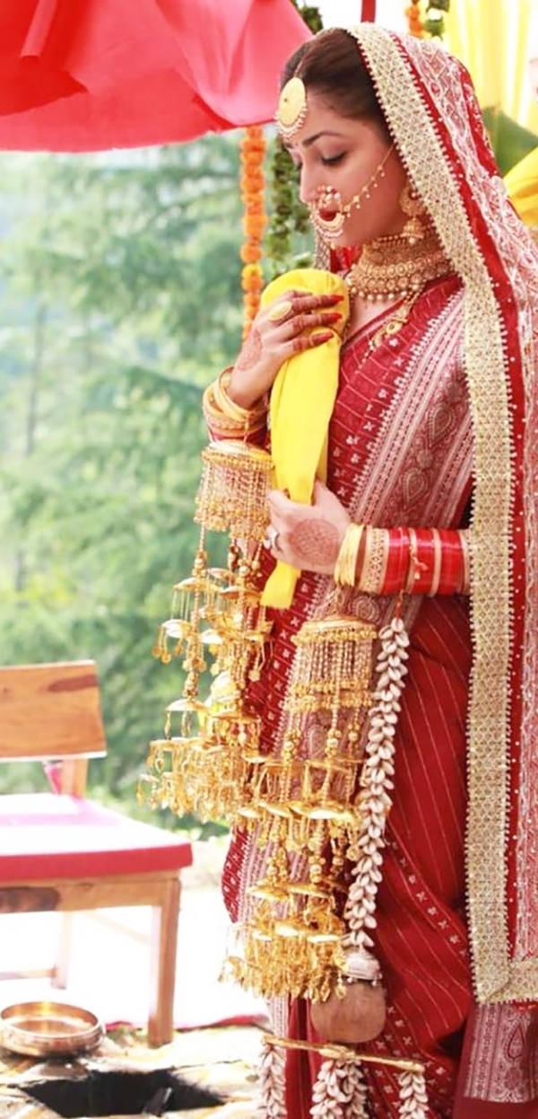 Yami Gautam flaunts her choodas & kaleeras in this unseen wedding picture
