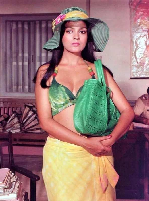 #ETimesTrendsetters: Zeenat Aman's fashionable looks from the 70s prove that she is the evergreen fashion queen!