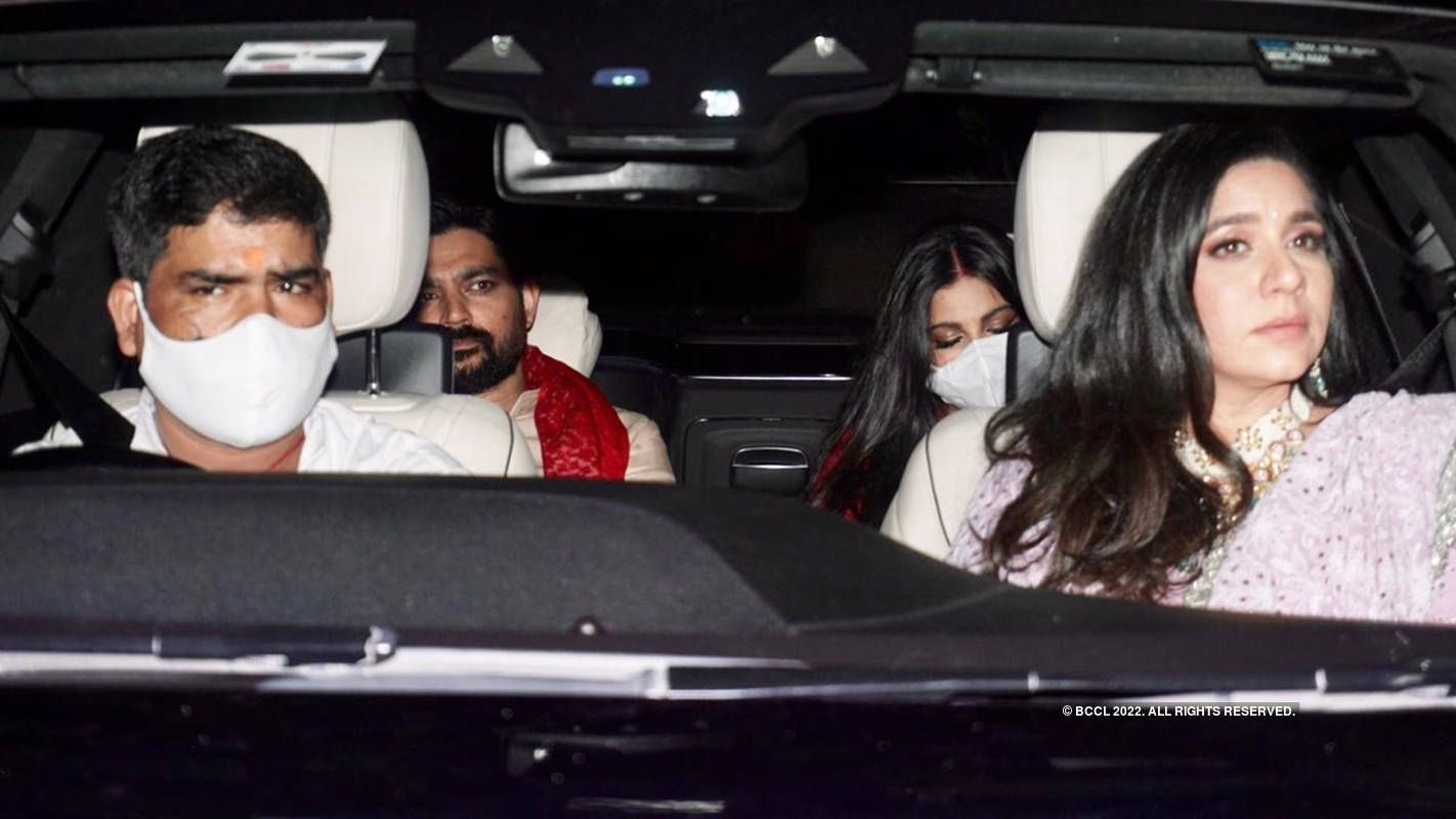 Rhea Kapoor-Karan Boolani wedding: First pictures of the newly-wed couple