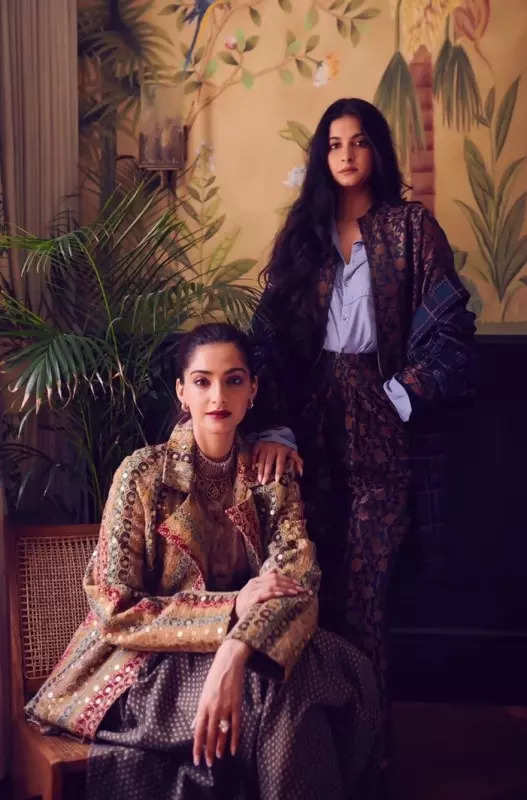From Sonam-Rhea Kapoor to Sara-Ibrahim Ali Khan, these stylish siblings in Bollywood rule hearts and how!