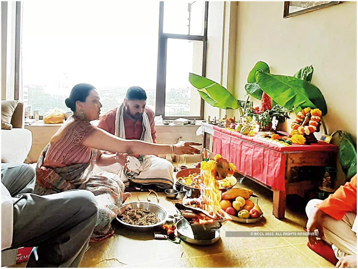 Swara at the griha pravesh puja