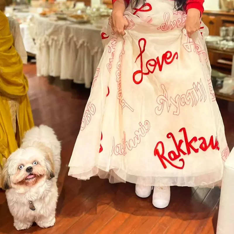 Newly-wed Rhea Kapoor flaunts her alta-decorated feet in these new after-wedding party pictures