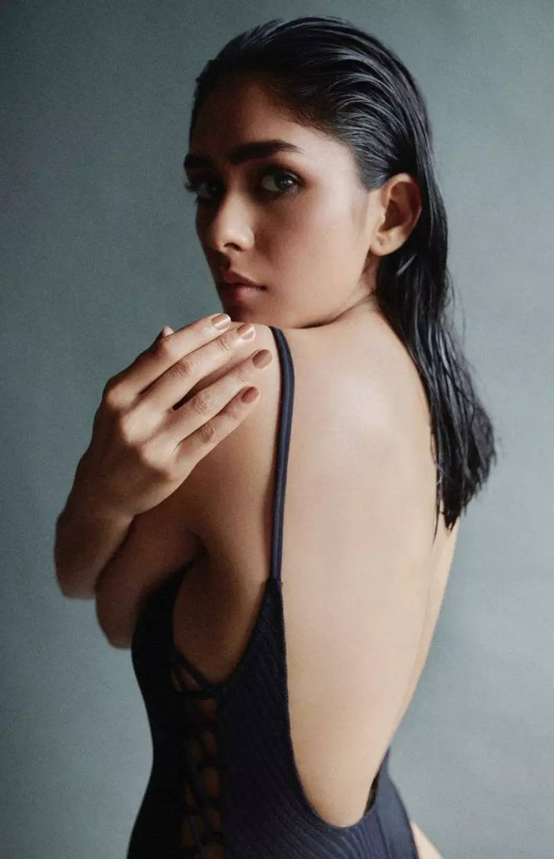 Mrunal Thakur is a sight to behold in a black backless monokini