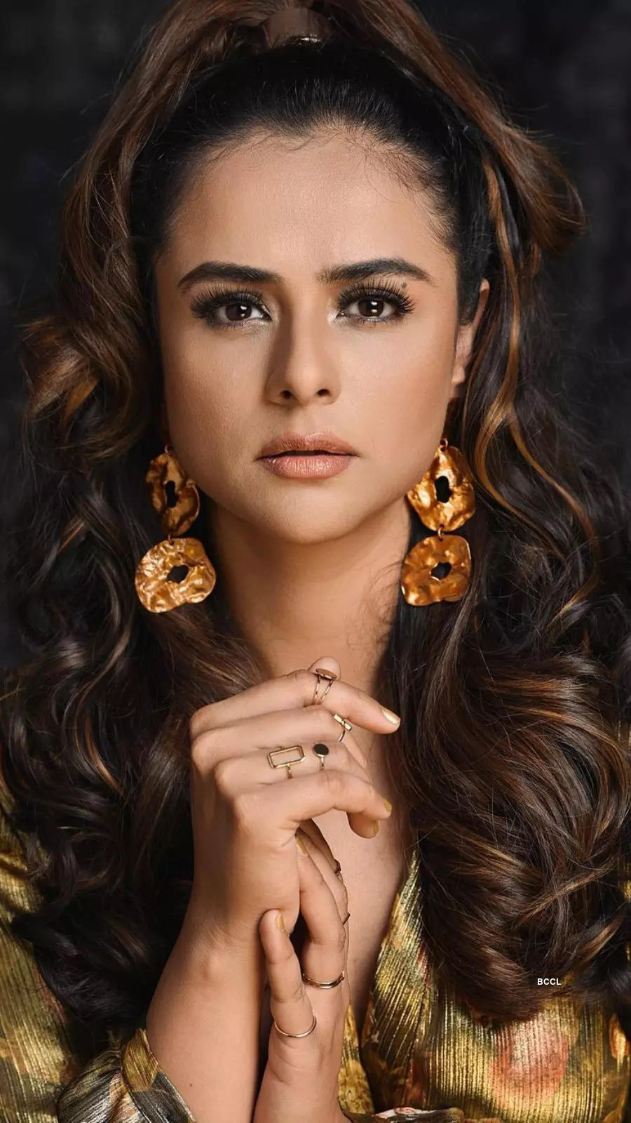10 hairstyles to copy from Prachi Tehlan