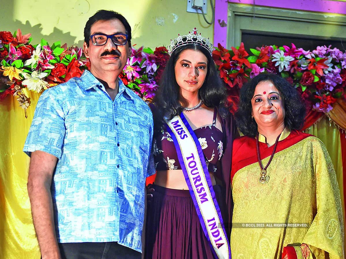 Asmita with her parents Rajib and Ankita Chakraborty