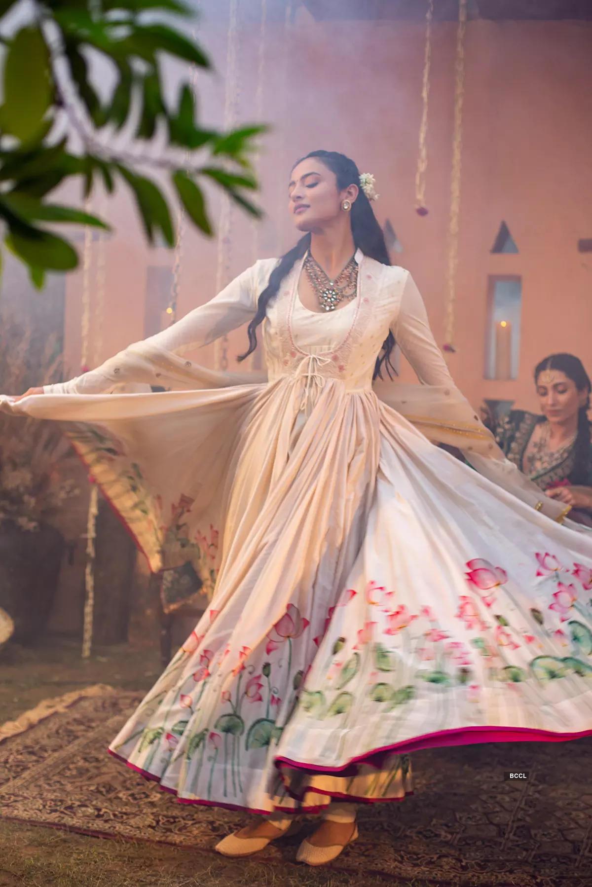 Fashion Show 2021: Anju Modi