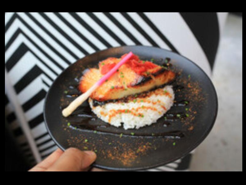 Semua yang Perlu Anda Ketahui Tentang Konsep Makanan Rumahan Dubai dan Pengalaman Bersantap Otentik