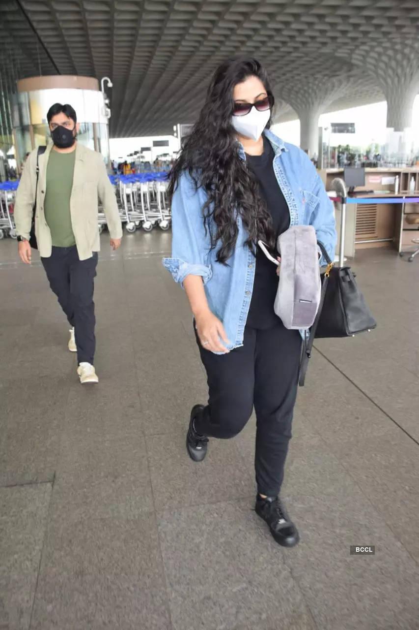 , Rhea-Karan off to their honeymoon?, The World Live Breaking News Coverage & Updates IN ENGLISH