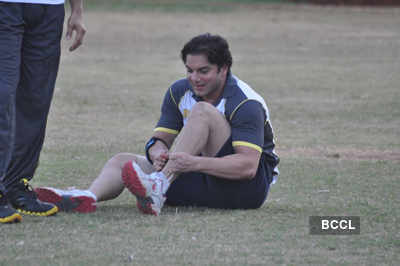 Celebs play for CCL match