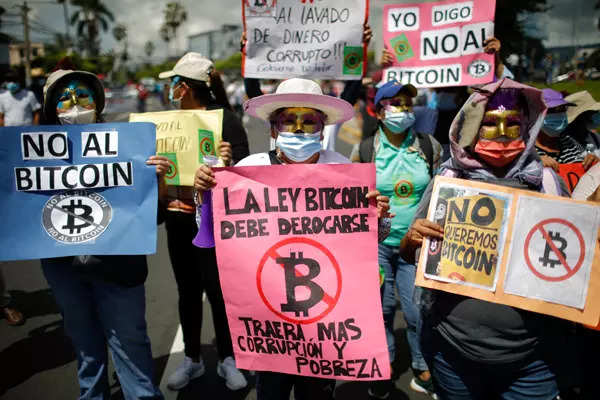 Massive protest breaks out against Bitcoin adoption in El Salvador