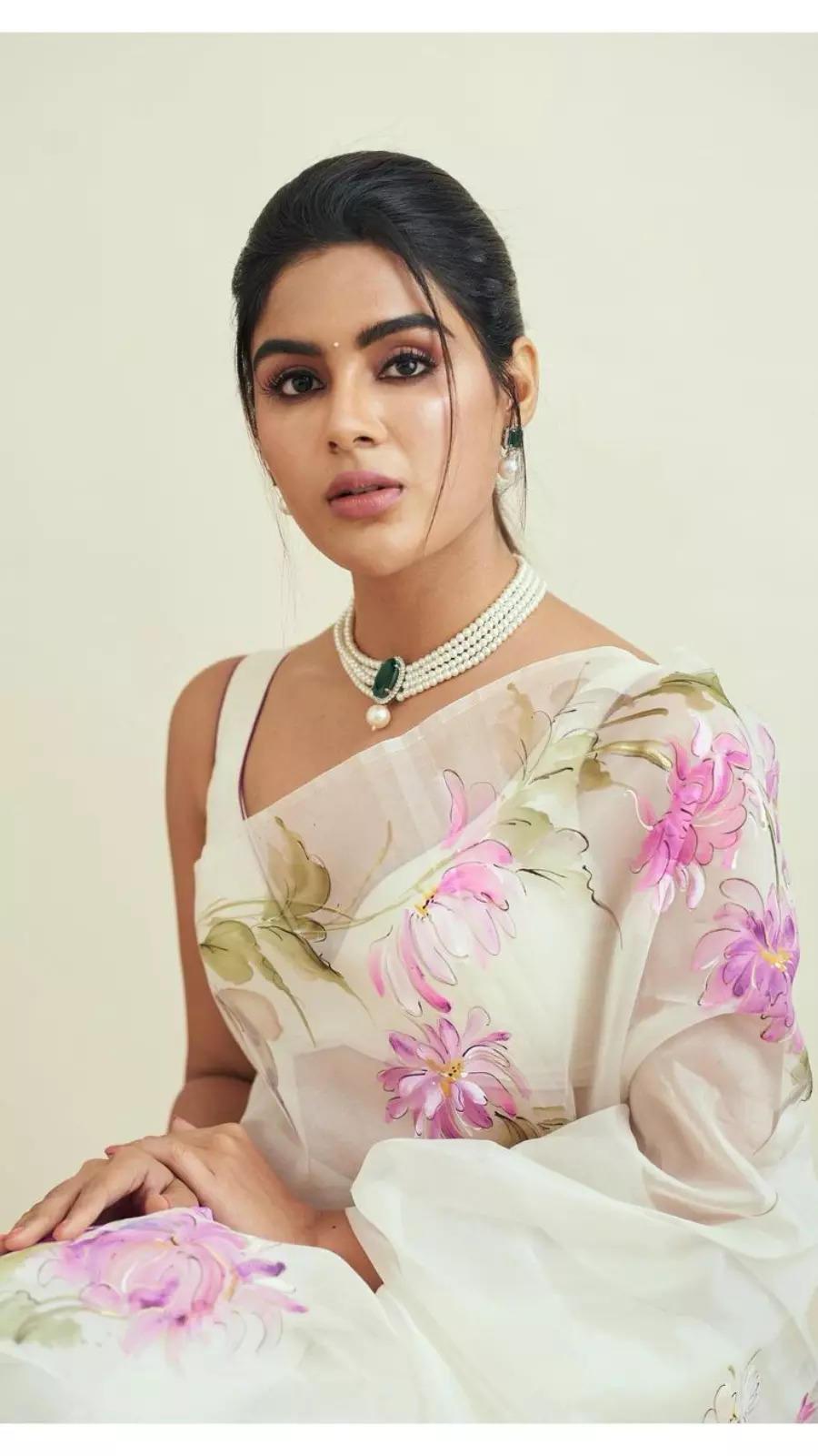 HBD Samyuktha Menon: Times when she donned ethnic ensembles with elegance