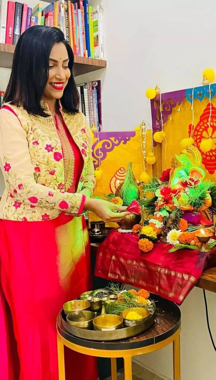 Kranti Redkar The actress is in deity mode