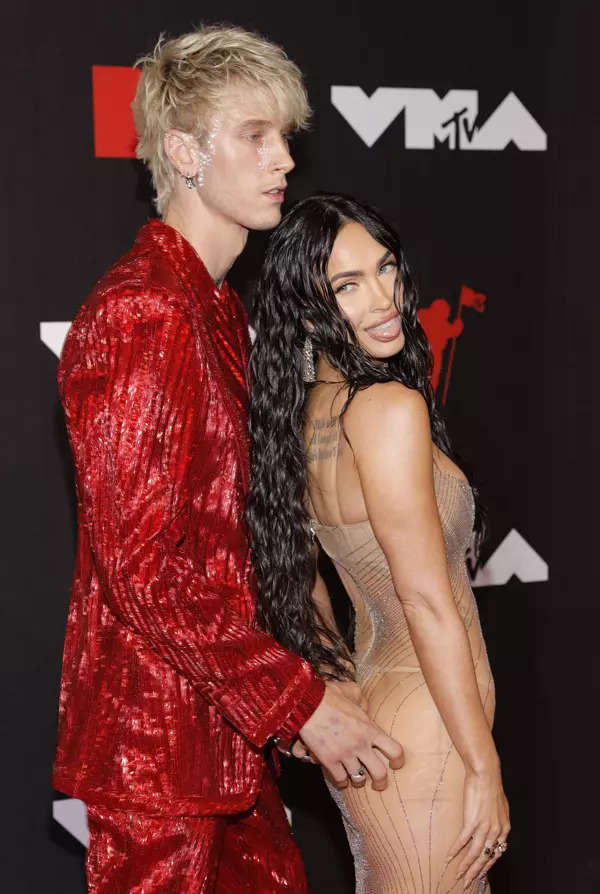 MTV Video Music Awards: These pictures of Megan Fox in see-through dress will leave you speechless!