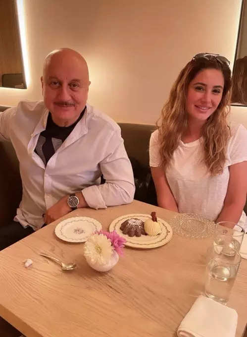 , Nargis lunches with co-star Anupam Kher, The World Live Breaking News Coverage & Updates IN ENGLISH