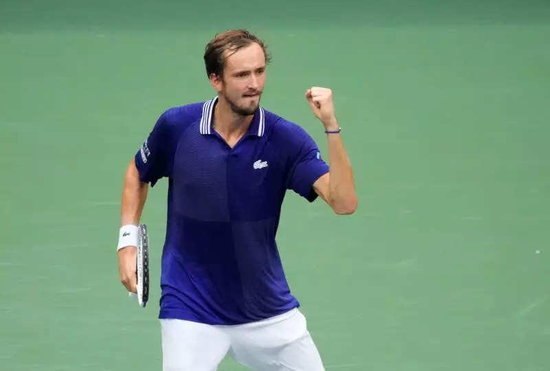 US Open 2021 Final: Daniil Medvedev defeats World No.1 Novak Djokovic to win Grand Slam title, see photos of the winning moment