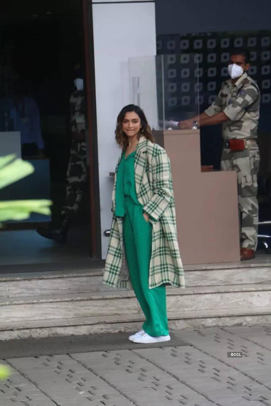 Deepika keeps it casual & stylish in green