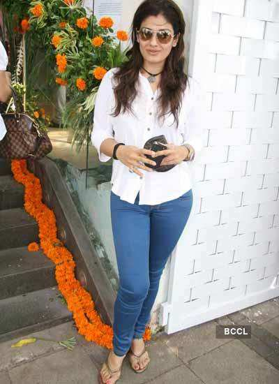 Raveena Tandon's Portfolio pics