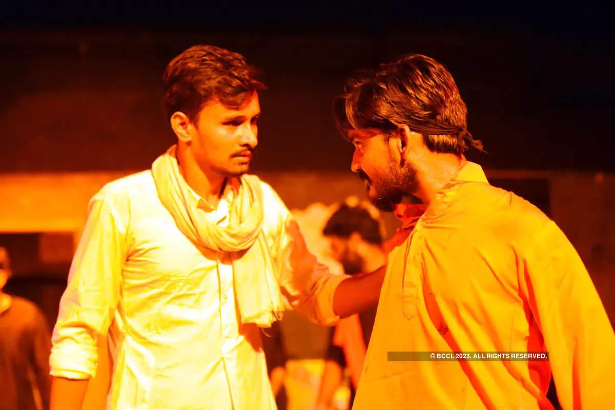 Jayaz Hatyare: A play