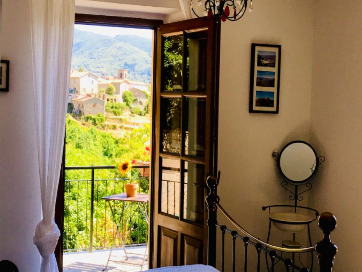 Puoi possedere una bellissima villa italiana per soli $ 35!  Come lo sai