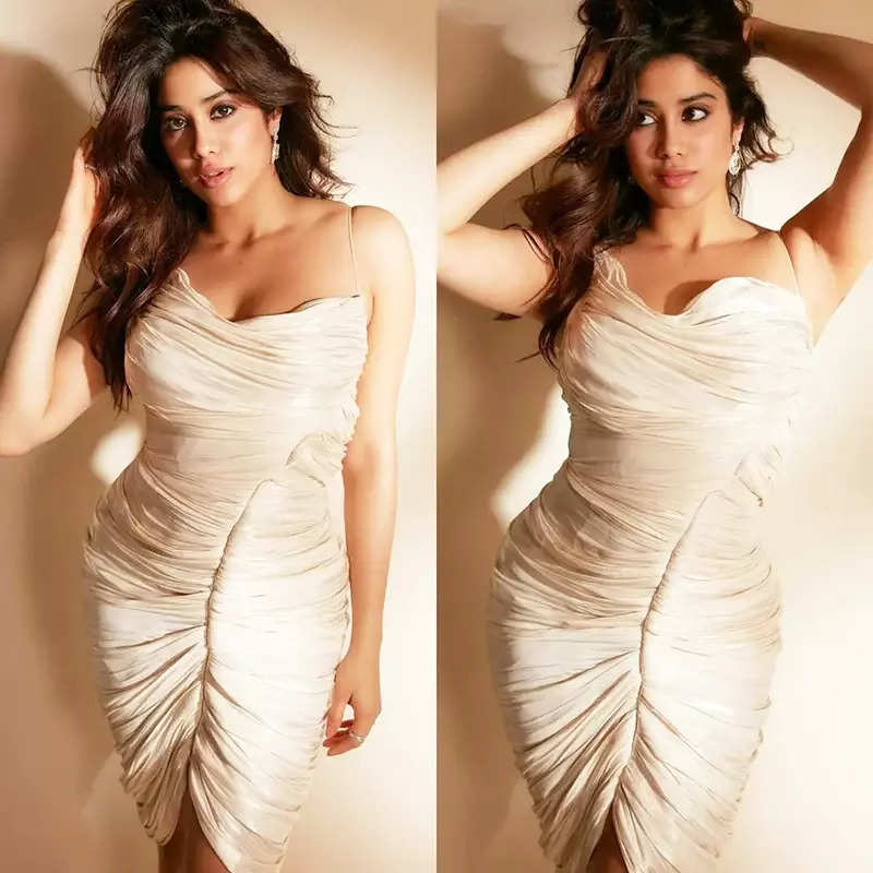 Janhvi Kapoor casts a spell in these glamorous pictures in her deep-cut bodycon dress
