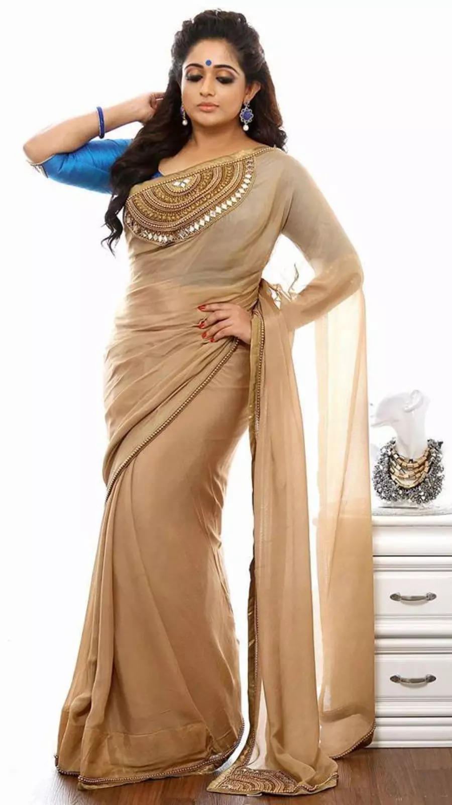 Share this with a saree lover