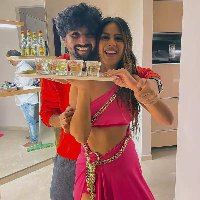 Inside pictures from Nia Sharma's birthday party go viral