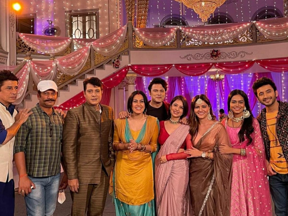 Cast of the show Shakti