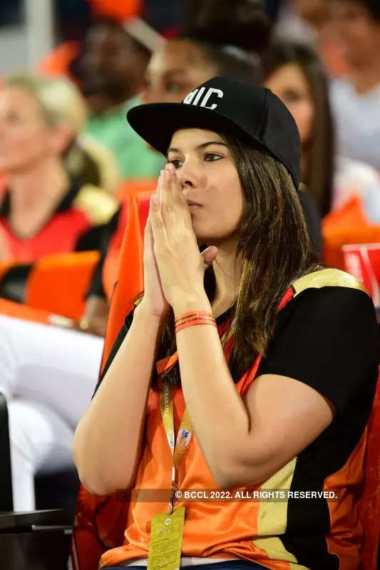 IPL 2021: Who is Kaviya Maran? Photos of SRH's 'mystery girl' go viral as fans can't stop crushing on her at Sunrises vs DC match