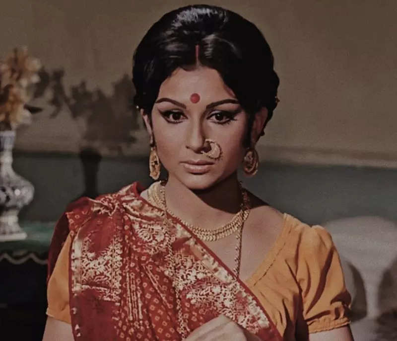 #ETimesTrendsetters: Sharmila Tagore is the OG fashion royalty of Bollywood whose iconic looks made a comeback and how!