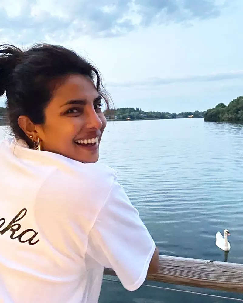 Priyanka Chopra bids London summer goodbye with these lovely pictures