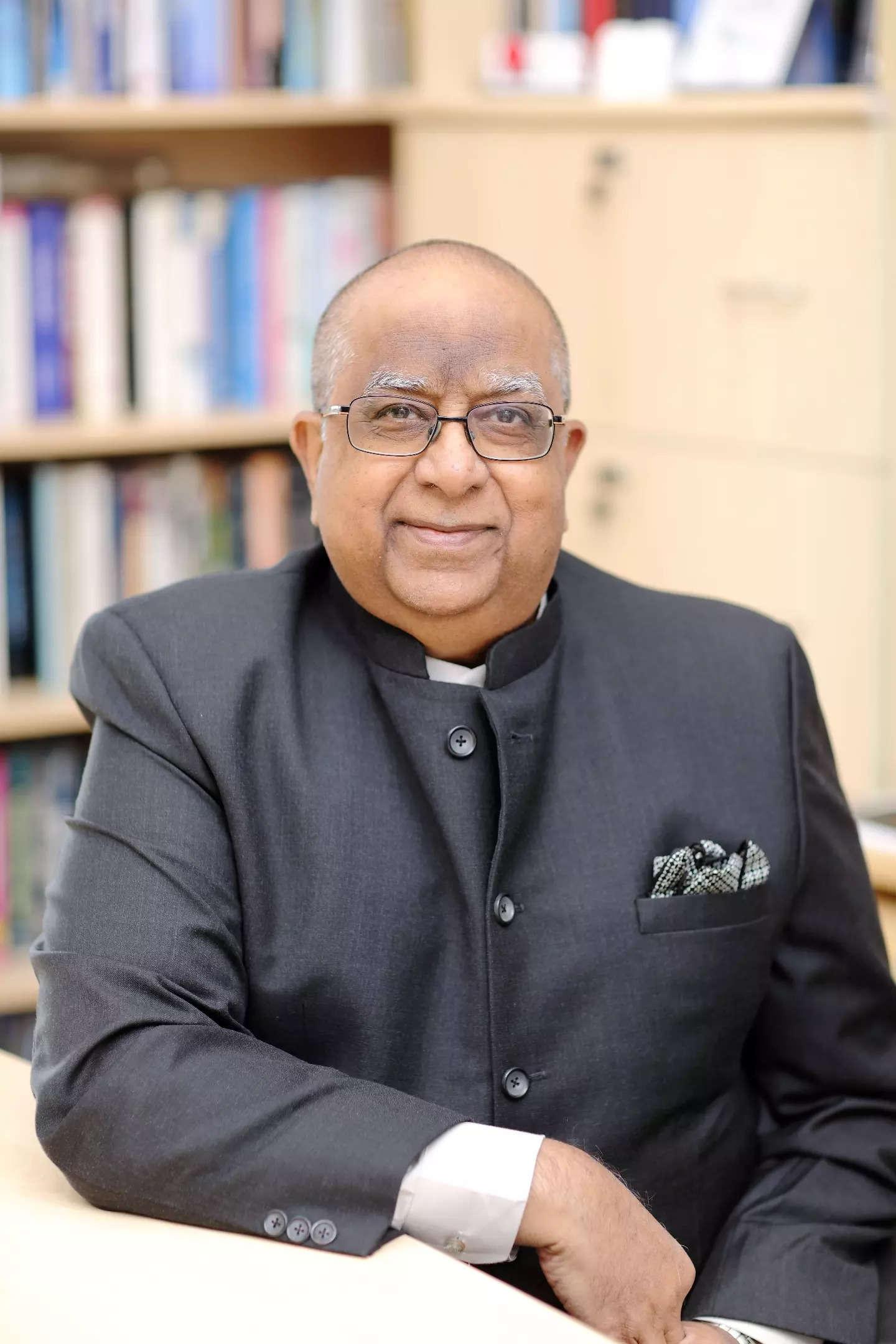 Professor Rajendra Srivastava conferred with the 2021 AIMA- Kewal Nohria Award