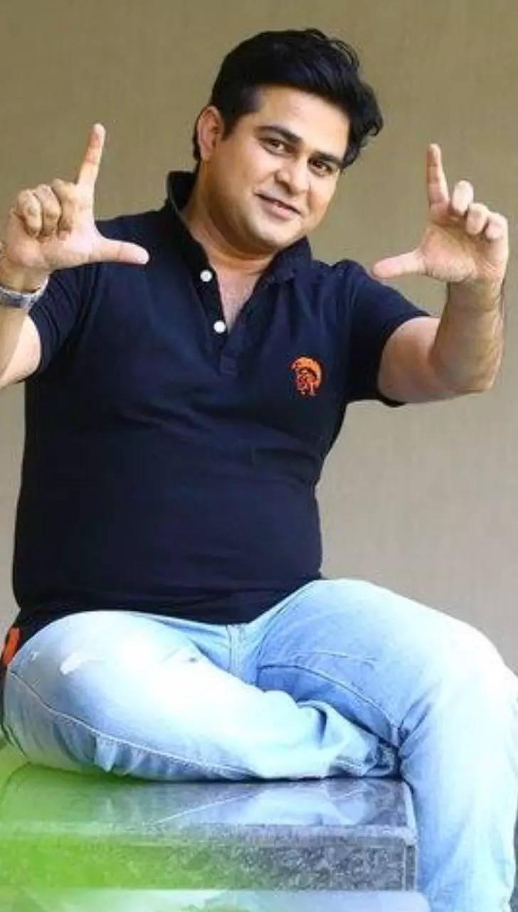 Bigg Boss Marathi 3: Dapper looks of Aavishkar Darwhekar