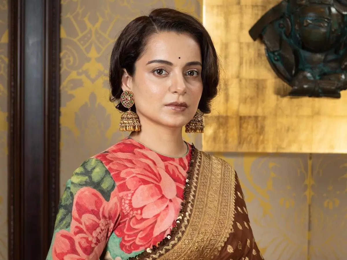 Kangana takes a dig at Bollywood Mafia