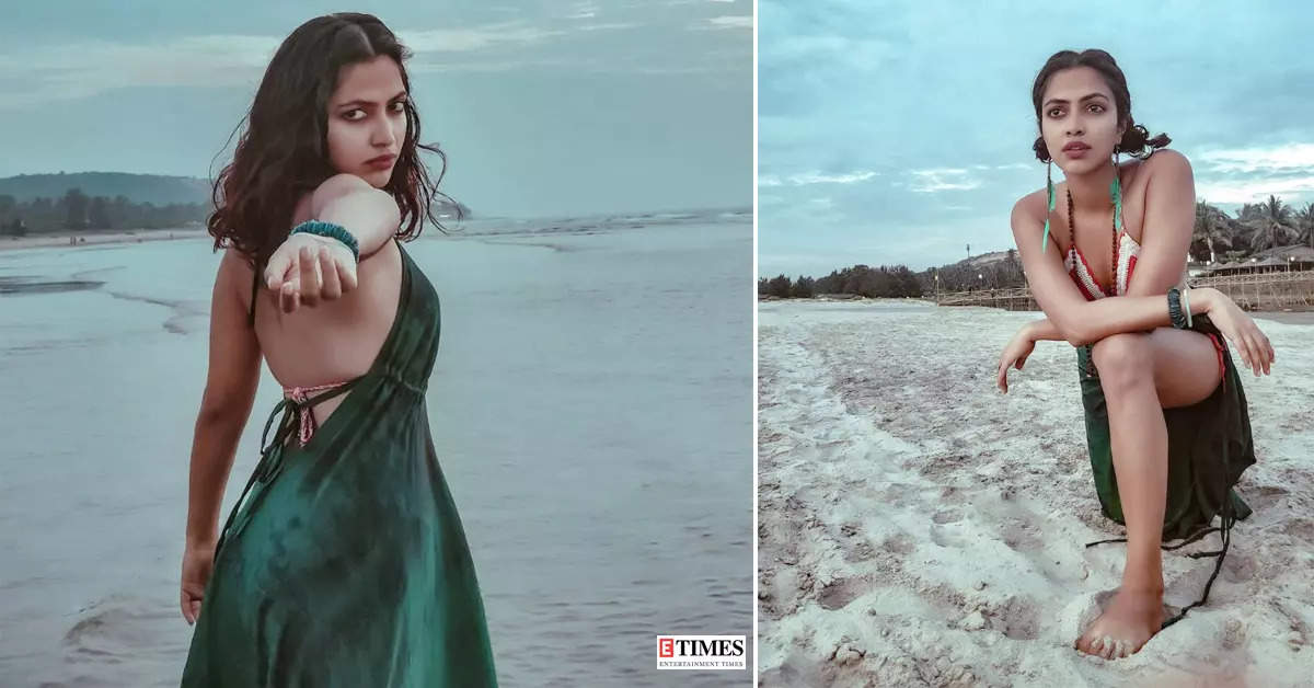 Amala Paul sweeps the internet with her vacation pictures, flaunts her washboard abs in a boho bikini