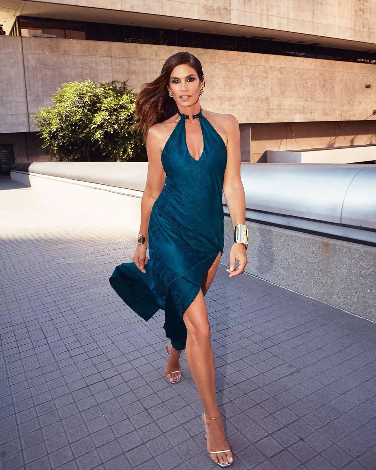 Cindy Crawford's most stylish moments in photos that prove the supermodel is everyone's ultimate fashion idol