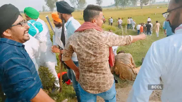 8 dead as protest against ministers' visit turns violent in UP's Lakhimpur