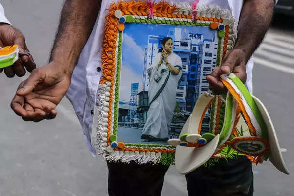 TMC workers celebrate Mamata Banerjee's victory in bypoll