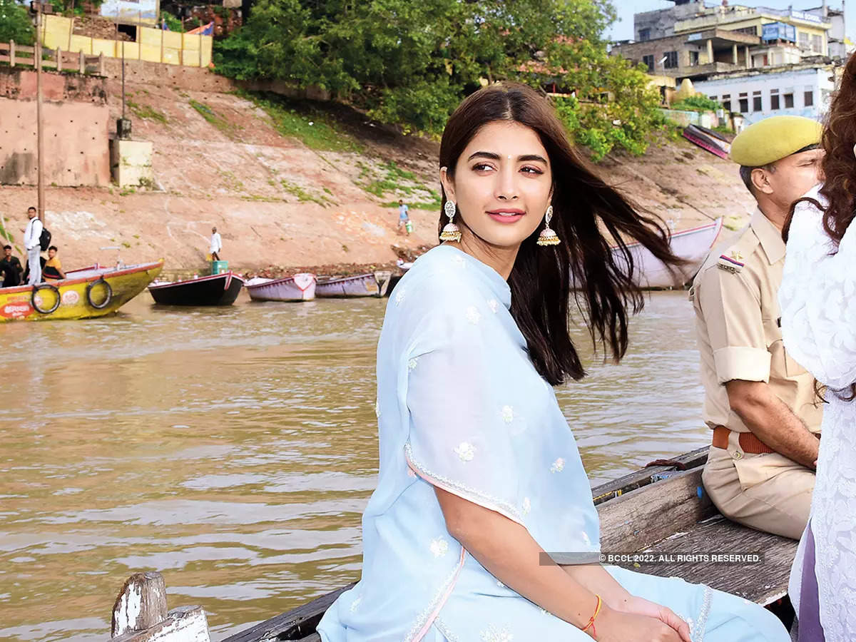 Pooja enjoying a boat ride in the Ganges (BCCL/ Arvind Kumar)