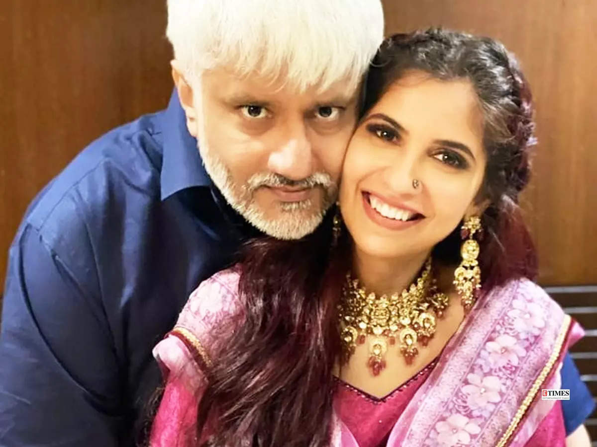 Lovely pictures of Vikram Bhatt and Shwetambari Soni trend after news of their secret wedding goes viral