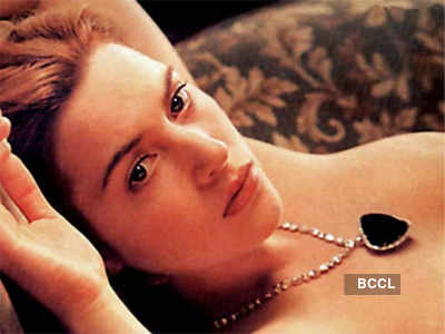 Kate Winslet goes nude again!