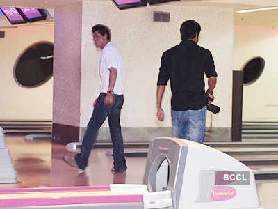 SRK promotes 'Ra.One' in Gurgaon