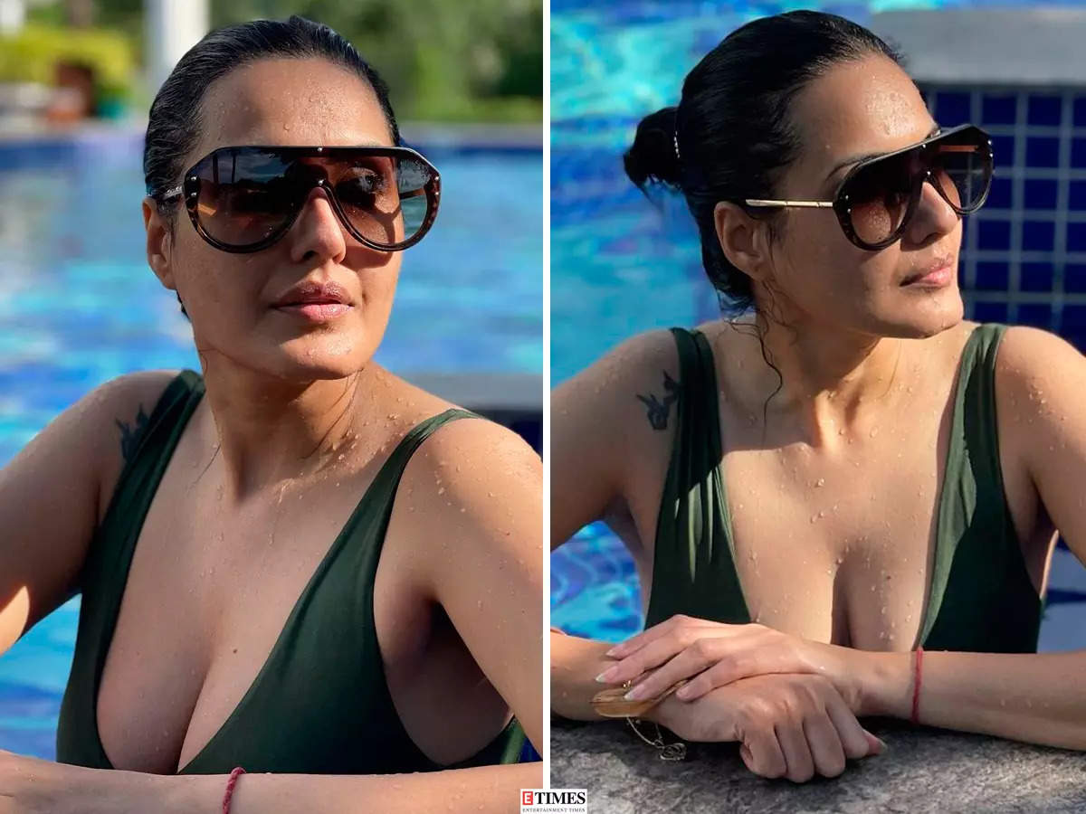 Kamya Panjabi raises temperatures with her pool pictures
