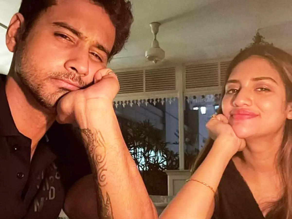 These lovely pictures of Nusrat Jahan from Yash Dasgupta's birthday spark wedding rumours