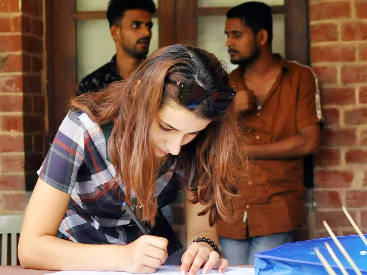 DU admission: College principals approve around 10,000 applications under second list