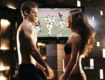 Justin & Mila in 'Friends With Benefits'!