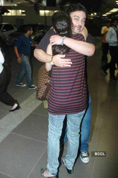 Adnan Sami snapped at Mumbai airport